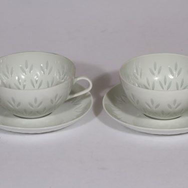 Arabia Lehti teekupit, valkoinen, 2 kpl, suunnittelija Friedl Holzer-Kjellberg, riisiposliini, massasigneerattu