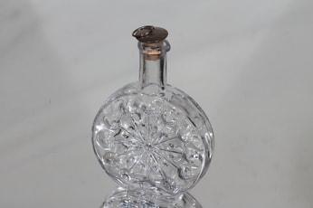 Riihimäen lasi Lumitähti karahvi, 20 cl, suunnittelija Nanny Still, 20 cl, pieni