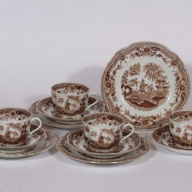 Arabia Singapore kahvikupit ja lautaset, ruskea, 4 kpl, suunnittelija , kuparipainokoriste, itämainen aihe