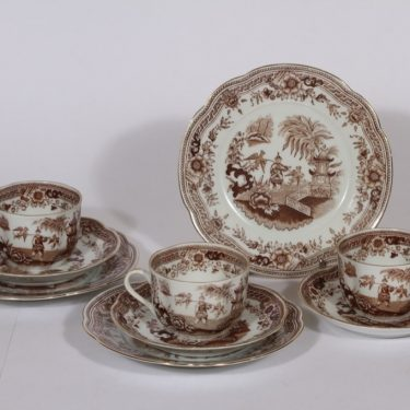 Arabia Singapore coffee cup, saucer and plate, brown, 3 pcs, oriental theme