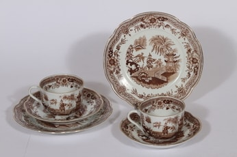 Arabia Singapore kahvikupit ja lautaset, ruskea, 2 kpl, suunnittelija , kuparipainokoriste, itämainen aihe