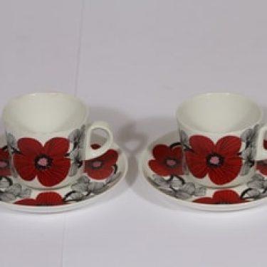Arabia Isokukka kahvikupit, punainen, 2 kpl, suunnittelija , serikuva