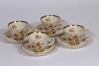 Arabia Myrna kahvikupit, 4 kpl, suunnittelija , serikuva, kullattu, kukka-aihe