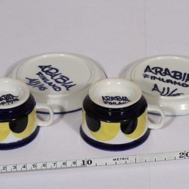 Arabia Paju mokkukupit, 10 cl, 2 kpl, suunnittelija Anja Jaatinen-Winquist, 10 cl, käsinmaalattu, signeerattu kuva 2
