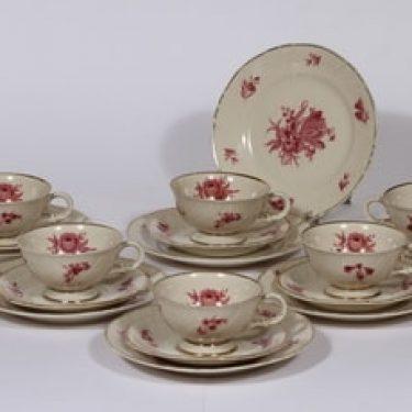 Arabia Regina kahvikupit ja lautaset, 6 kpl, suunnittelija , serikuva, kukka-aihe