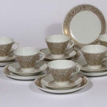 Arabia Filigraani kahvikupit ja lautaset, 6kpl, suunnittelija Raija Uosikkinen, 6kpl, serikuva