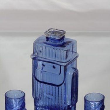 Riihimäen lasi Isoisä koristepullo, 70 cl ja lasit 4 cl, 2 kpl, suunnittelija Helena Tynell, 70 cl ja lasit 4 cl