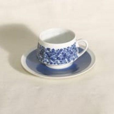 Arabia Doria kahvikuppi, suunnittelija Raija Uosikkinen, serikuva
