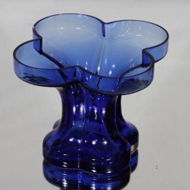 Riihimäki glass Onnenlehti vase, blue, Helena Tynell