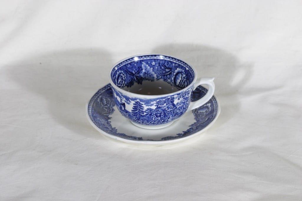 Arabia Maisema teekuppi, suunnittelija , kuparipainokoriste