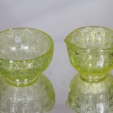 Riihimäen lasi Riikinkukko sokerikko ja kermakko, keltainen, suunnittelija Nanny Still,