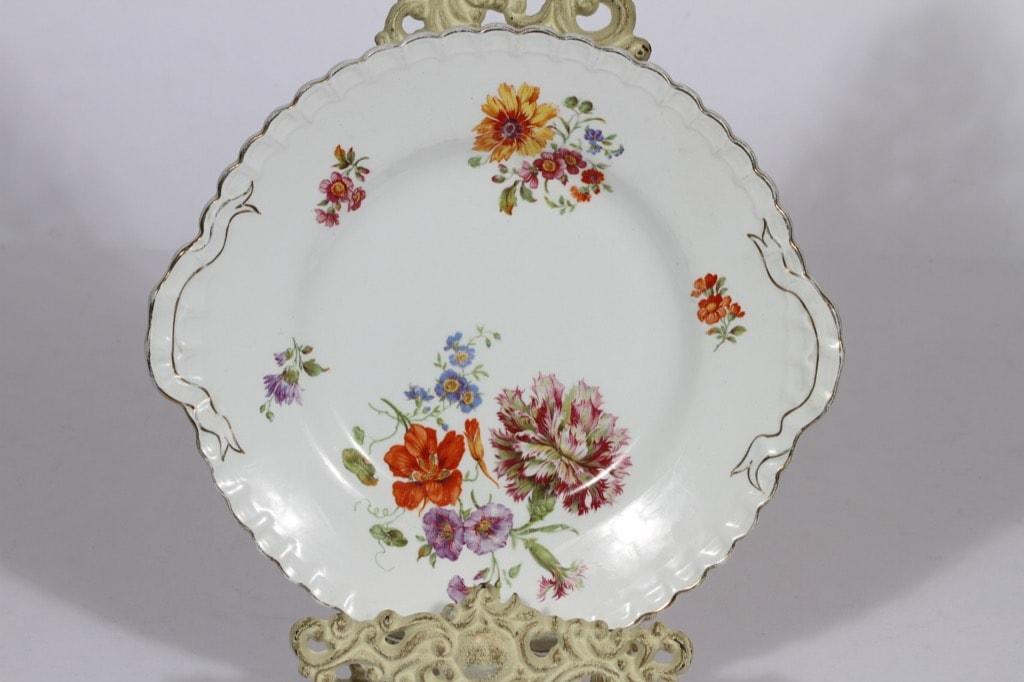 Arabia kukkakuvio vati, suunnittelija , siirtokuva, kukka-aihe