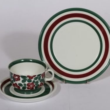 Arabia Purpurijenkka teekuppi ja lautanen, käsinmaalattu, suunnittelija , käsinmaalattu