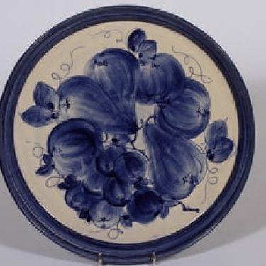 Savitorppa vati, käsinmaalattu, suunnittelija Garizim Hansen, käsinmaalattu, signeerattu