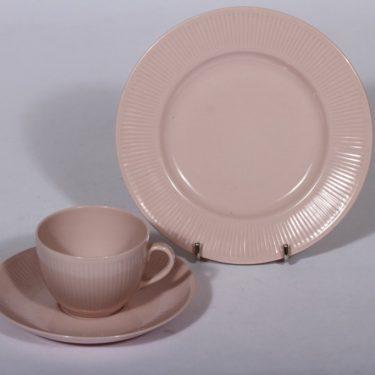 Arabia Sointu kahvikuppi ja lautanen, vaaleanpunainen, suunnittelija ,