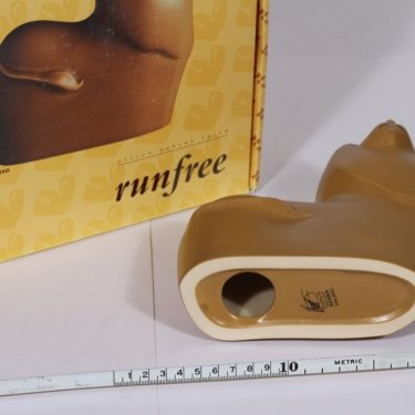 Arabia eläinfiguuri, Teo, suunnittelija Howard Smith, Teo, leijona-aihe kuva 3