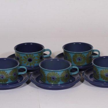 Arabia S teekupit, käsinmaalattu, 5 kpl, suunnittelija Hilkka-Liisa Ahola, käsinmaalattu, signeerattu, kukka-aihe