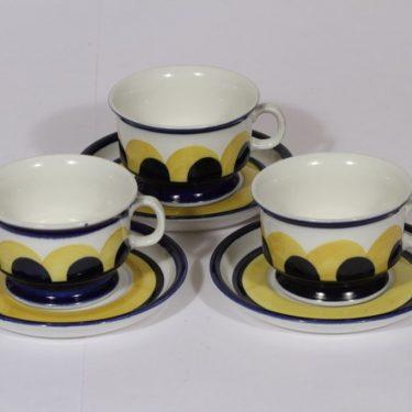 Arabia Paju teekupit, käsinmaalattu, 3 kpl, suunnittelija , käsinmaalattu, signeerattu, retro
