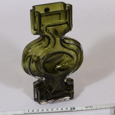 Riihimäen lasi Emma maljakko, oliivinvihreä, suunnittelija Helena Tynell,  kuva 2