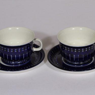Arabia Valencia teekupit, sininen, 2 kpl, suunnittelija Ulla Procope, käsinmaalattu, signeerattu
