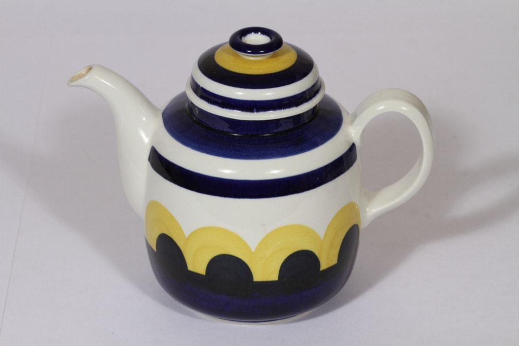 Arabia Paju coffee pot 1 l, designer Anja Jaatinen-Winquist, retro, hand-painted