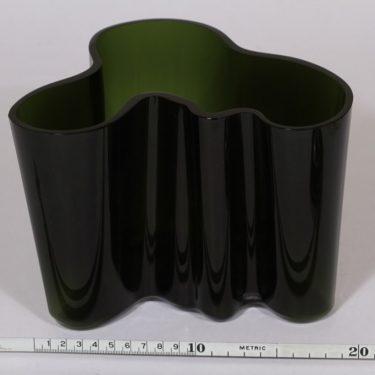 Iittala Savoy maljakko, vihreä, suunnittelija Alvar Aalto, signeerattu kuva 2
