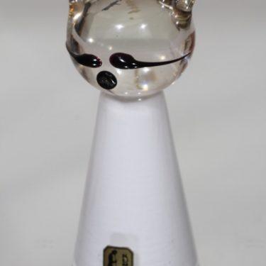 Kumela Kissa figuuri, valkoinen, suunnittelija Armando Jacobino, signeerattu