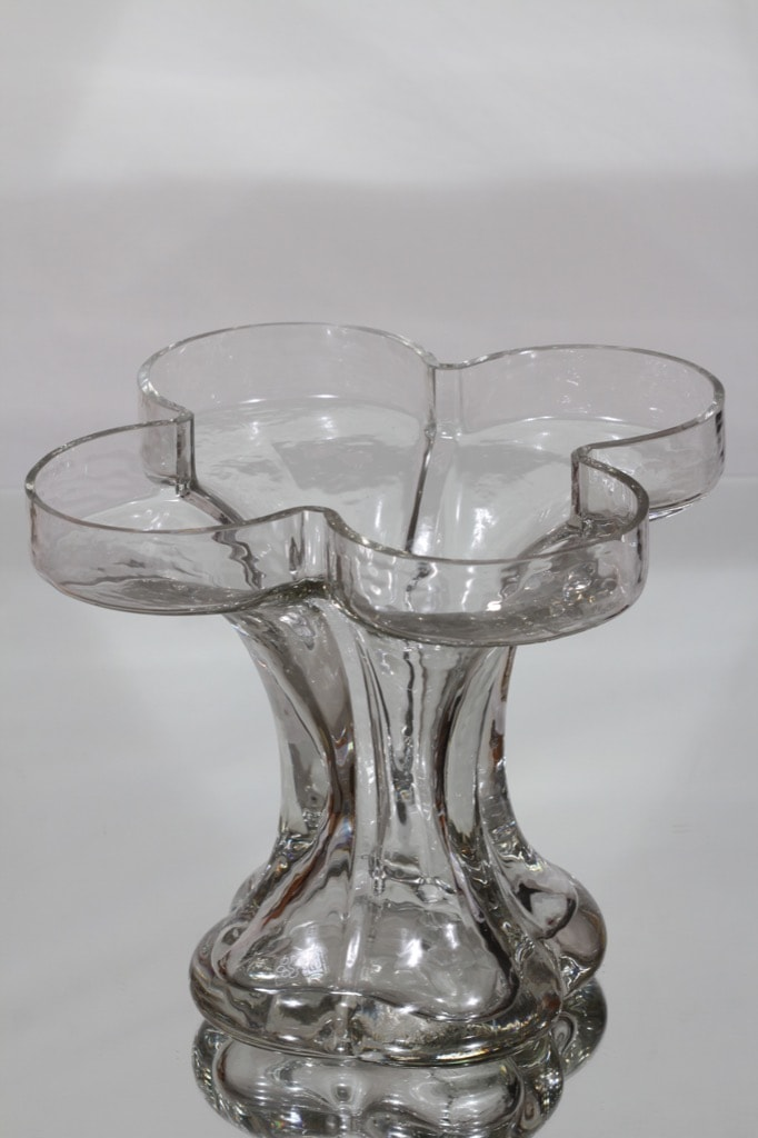 Riihimäki glass Onnenlehti vase, clear Helena Tynell