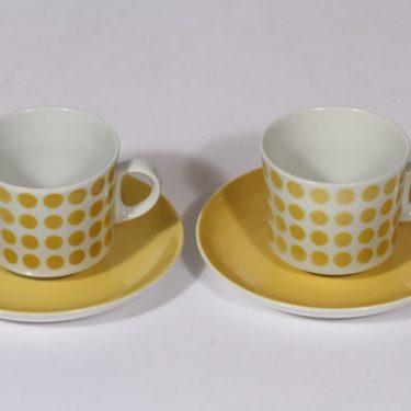 Arabia Pop kahvikupit, keltainen, 2 kpl, suunnittelija , puhalluskoriste, retro