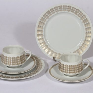 Arabia Pallas coffee cups, saucer and plate, gold, 2 pcs, silk screening