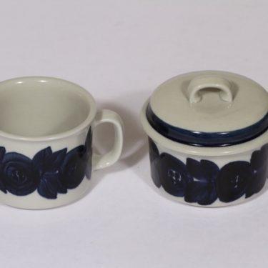 Arabia Anemone sokerikko ja kermakko, sininen, suunnittelija , käsinmaalattu, signeerattu