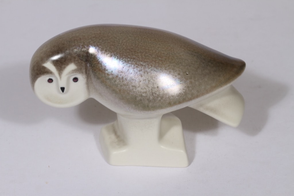 Arabia eläinfiguuri, harmaa, suunnittelija Lillemor Mannerheim-Klingspor, lysteri, signeerattu