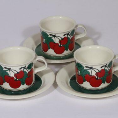 Arabia Kirsikka kahvikupit, serikuva, 3 kpl, suunnittelija , serikuva
