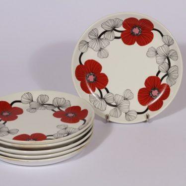 Arabia Isokukka leivoslautaset, punainen, 6 kpl, suunnittelija Esteri Tomula, serikuva, kukka-aihe