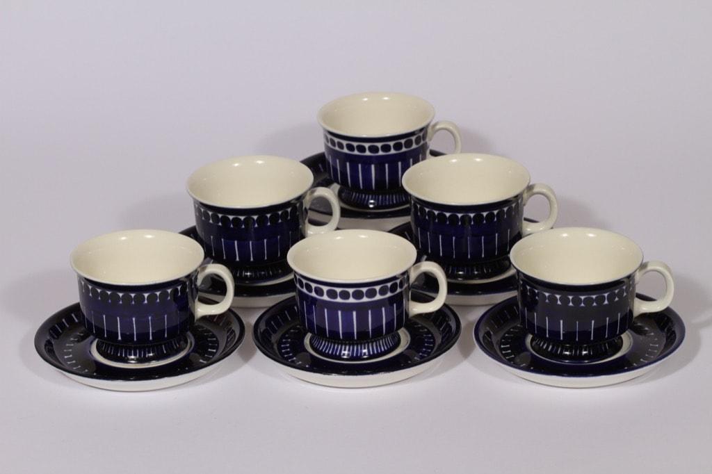 Arabia Valencia kahvikupit, 6 kpl, suunnittelija Ulla Procope, käsinmaalattu, signeerattu