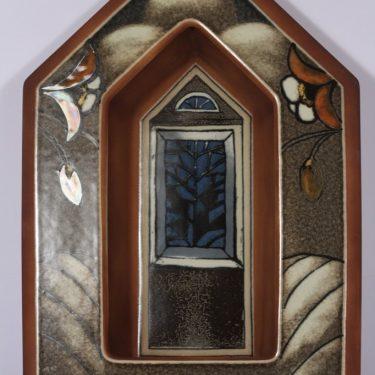 Arabia seinälampetti, Kirkon ikkuna, suunnittelija Heljä Liukko-Sundström, Kirkon ikkuna, serikuva, signeerattu
