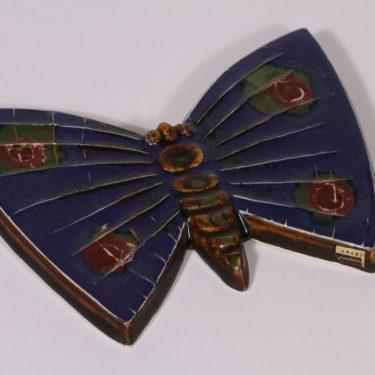 Arabia seinälaatta, perhonen, suunnittelija Taisto Kaasinen, perhonen, käsinmaalattu, signeerattu