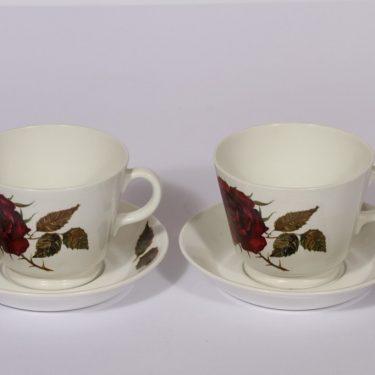 Arabia Ruusu mukit, 2 kpl, suunnittelija Anneli Qveflander, 60 cl, serikuva, kukka-aihe