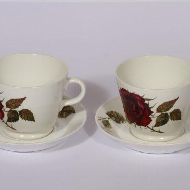 Arabia Ruusu mukit, 2 kpl, suunnittelija Anneli Qveflander, 60 cl, kukka-aihe