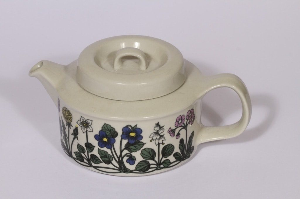 Arabia Flora teekaadin, suunnittelija , 1.35 l, serikuva, kukka-aihe