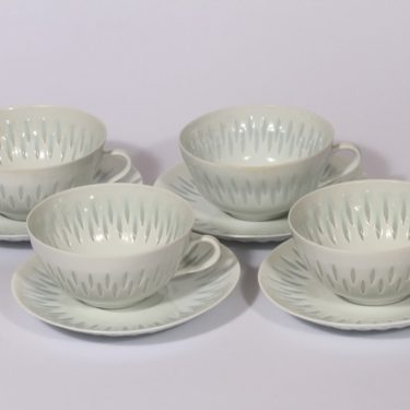 Arabia FK teekupit, valkoinen, 4 kpl, suunnittelija Friedl Holzer-Kjellberg, riisiposliini, massasigneerattu