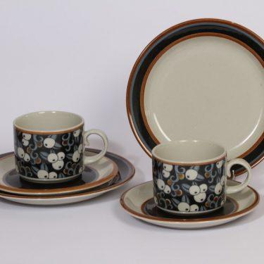 Arabia Taika teekupit ja lautaset, 2 kpl, suunnittelija , puhalluskoriste, retro