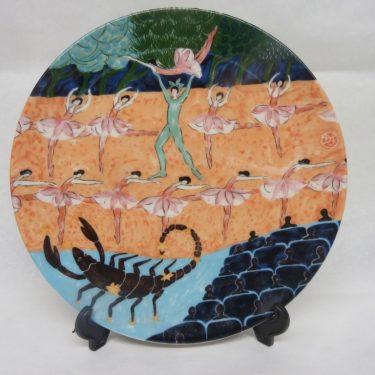 arabia Horoskooppi seinälautanen, Skorpioni, suunnittelija Dorrit von Fieandt, Skorpioni, horoskooppiaihe