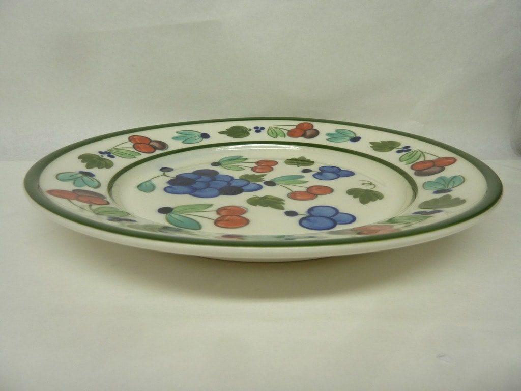 Arabia Palermo lautanen, suunnittelija Dorrit von Fieandt, matala, käsinmaalattu, signeerattu