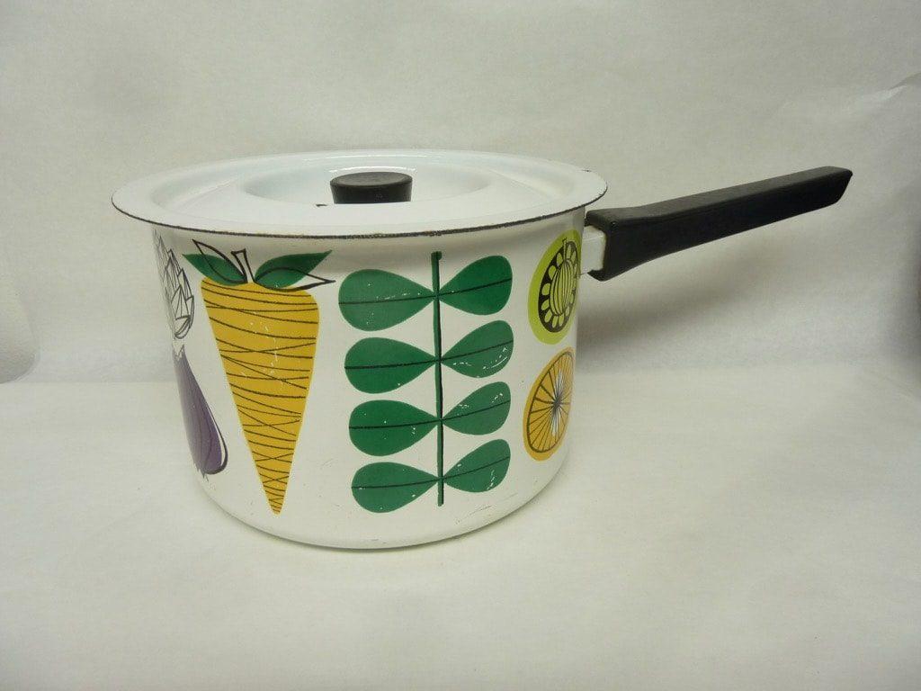 Finel Vegeta saucepan, designer Esteri Tomula, 2 l, silk screening, vegetables theme