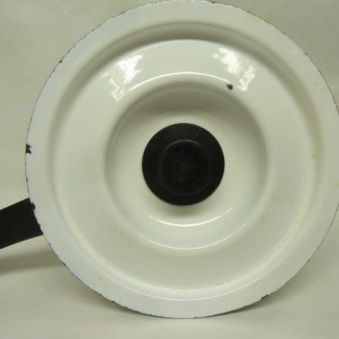 Finel Vegeta kasari, suunnittelija Esteri Tomula, 2 l, serikuva, vihannesaihe kuva 4