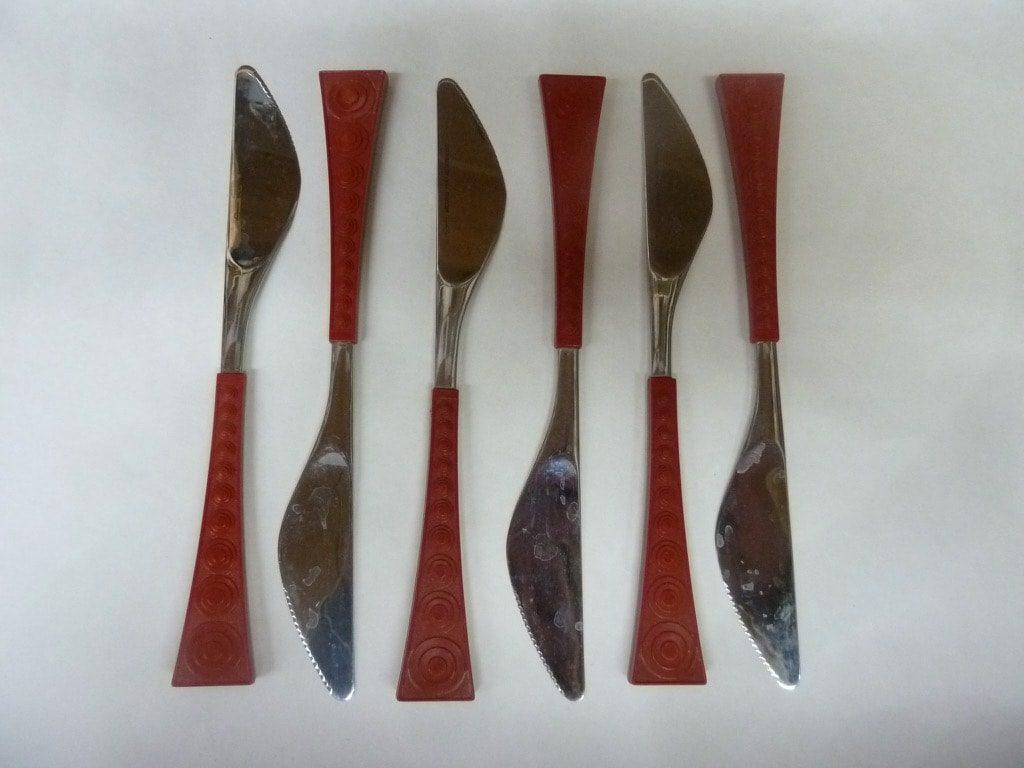 Hackman Colorina veitset, punainen, 6 kpl, suunnittelija Nanny Still,
