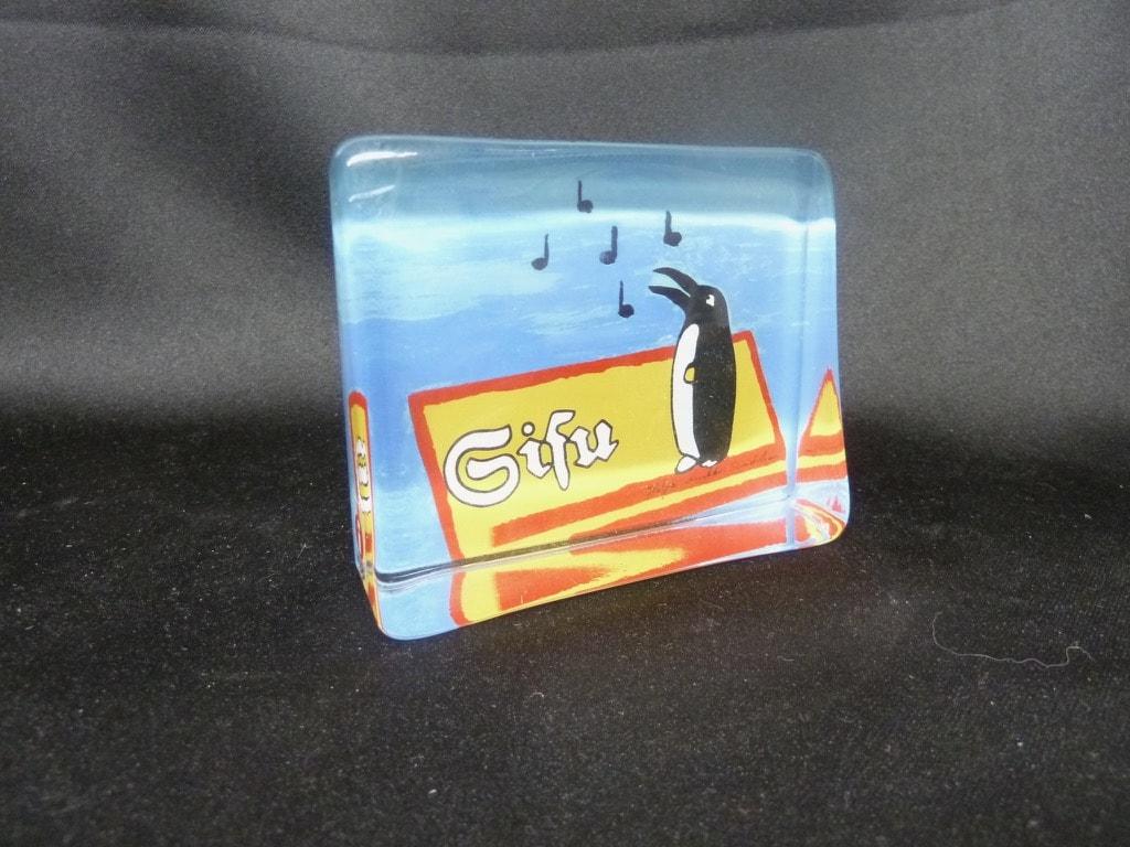 Iittala lasikortti, Sisu Pingviini Tilaustyö, suunnittelija Heljä Liukko-Sundström, Sisu Pingviini Tilaustyö, serikuva, kirkas