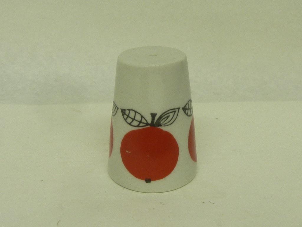 Arabia Marja sirotin, suunnittelija Esteri Tomula, pieni, käsinmaalattu