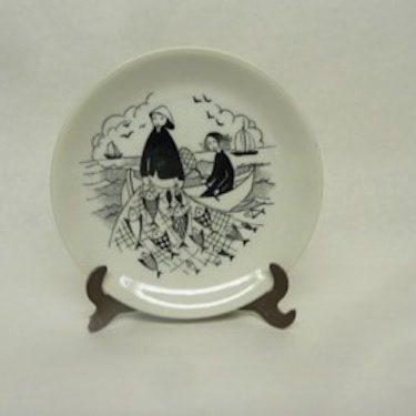 Arabia Harraste decorative plate, designer Raija Uosikkinen, small, copper ornament